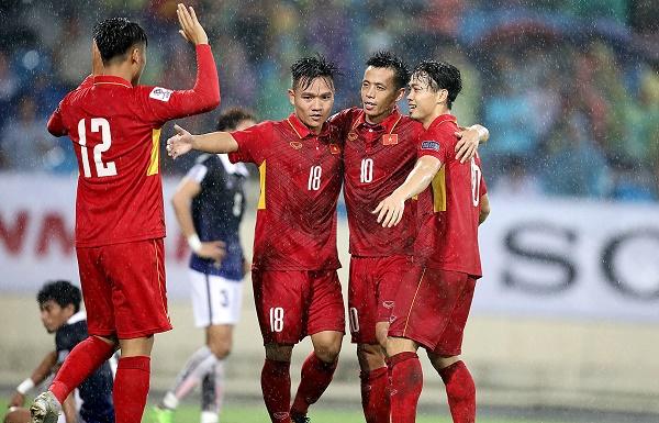 ĐT Việt Nam tăng 9 bậc trên BXH FIFA tháng 10/2017