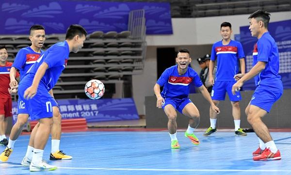 ĐT futsal Việt Nam đã có buổi tập đầu tiên tại Trung Quốc