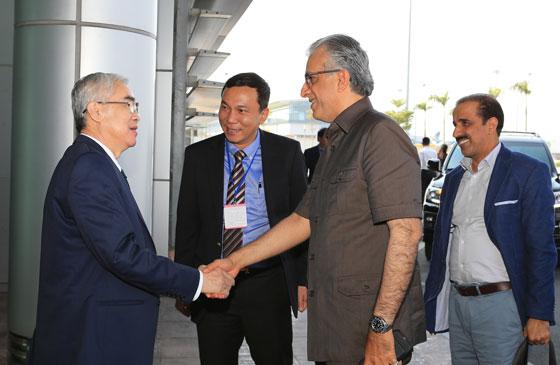 Chủ tịch AFC Shaikh Salman Bin Ebrahim Al Khalifa chính thức sang thăm Việt Nam