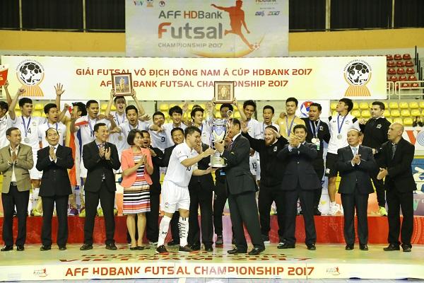 Ngược dòng ngoạn mục, Thái Lan bảo vệ thành công ngôi vô địch