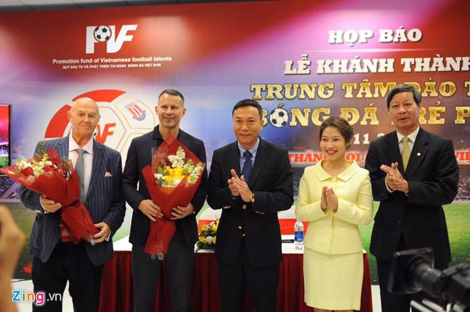 Ryan Giggs muốn giúp Việt Nam thực hiện ước mơ World Cup