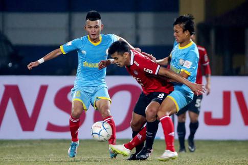 Toyota Mekong Cup 2017: S.Khánh Hòa thất thủ trước 'tuyển Thái thu nhỏ'