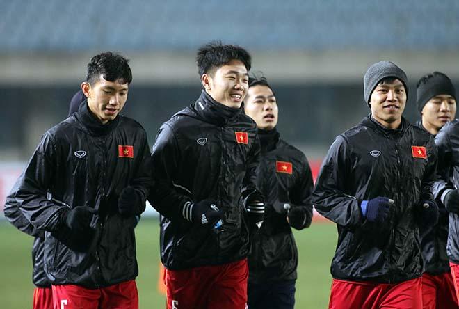 U23 Việt Nam làm quen sân Changshu Sports, lạc quan hướng tới trận đấu với Syria