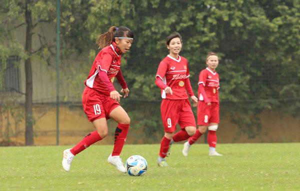 Giải giao hữu quốc tế cúp tứ hùng, ĐT nữ Việt Nam - ĐT nữ Trung Quốc: 0-4