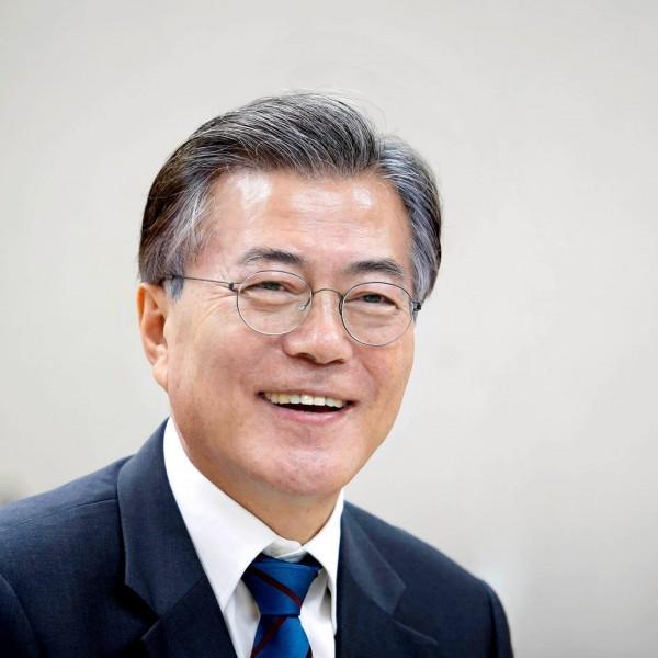 Sau trận cầu lịch sử, tổng thống Hàn Quốc bất ngờ chúc mừng đội tuyển U23 Việt Nam