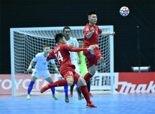 VCK Futsal châu Á 2018: Đội tuyển Việt Nam thua ngược trận mở màn