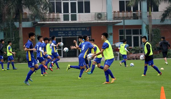 U16 Việt Nam hào hứng tập luyện chuẩn bị du đấu tại Nhật Bản