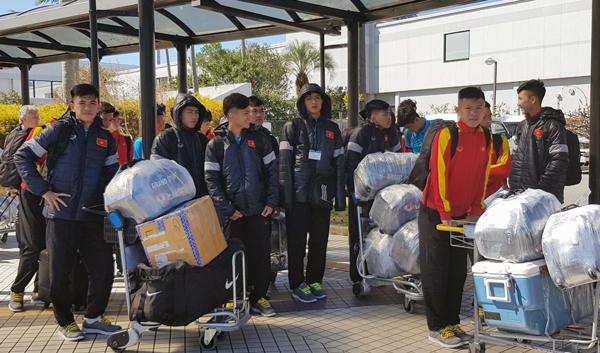 U16 Việt Nam đã tới Miyazaki, tích cực bắt nhịp với hoạt động trên đất bạn