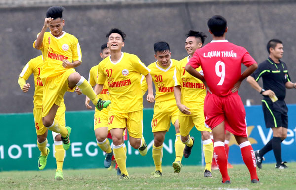 Khai mạc VCK giải bóng đá U19 Quốc gia 2018: Hà Nội có mưa bàn thắng còn Thừa Thiên Huế trắng tay