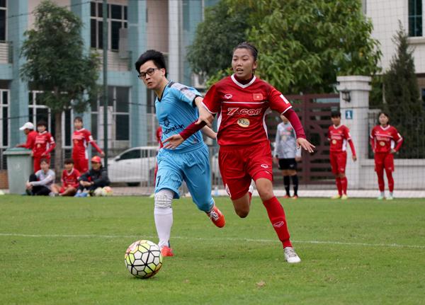 Đội tuyển nữ Quốc gia đấu tập với đội bóng đá nam Bongdanet.vn FC