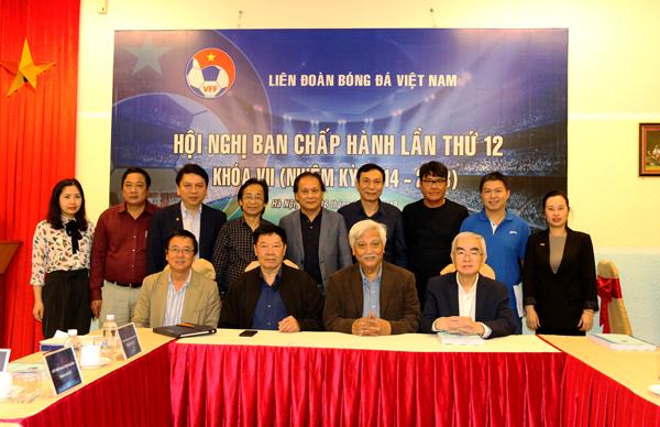 """Báo cáo nghiệm thu bản thảo sách """"Sơ thảo Lịch sử bóng đá Việt Nam"""""""