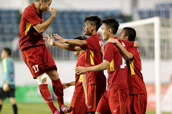 Thắng U.19 HAGL 3-1, tuyển chọn Việt Nam vô địch sớm U.19 quốc tế 2018