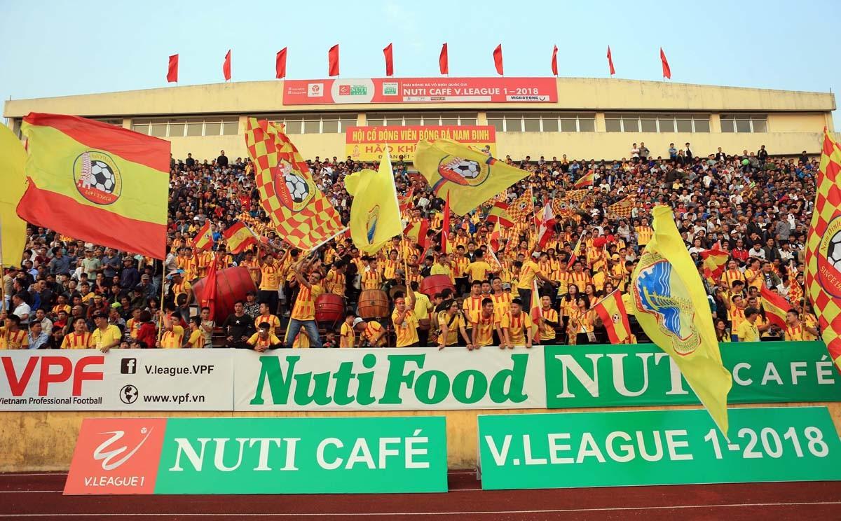 Lịch THTT các trận đấu bù vòng 1 & vòng 3 Giải VĐQG - Nuti Café 2018