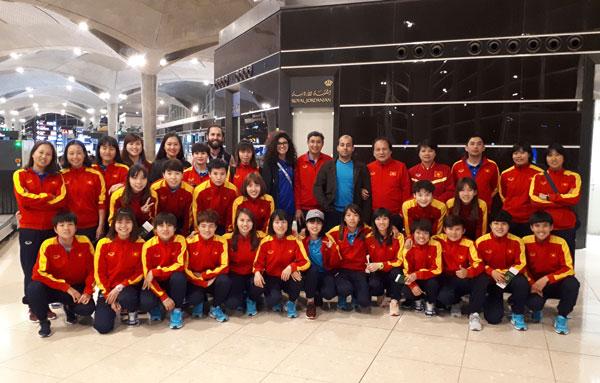 Đội tuyển nữ Việt Nam đã rời thủ đô Amman lúc 3h10 (giờ địa phương) hôm nay 14/4