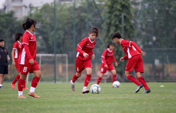 Đội tuyển U16 nữ Quốc gia tập trung chuẩn bị cho U16 Đông Nam Á 2018