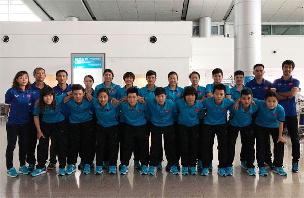 Sáng nay (19/4), đội tuyển Futsal nữ Việt Nam sang Trung Quốc tập huấn