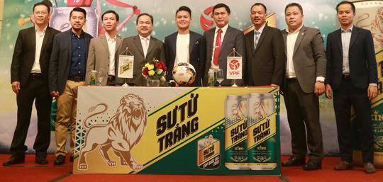 Ra mắt nhà tài trợ chính thức giải bóng đá Cúp Quốc gia - Sư tử trắng 2018