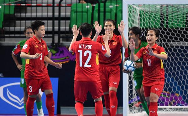 VCK Futsal nữ châu Á 2018 (bảng B): Việt Nam trút cơn mưa bàn thắng vào lưới Bangladesh