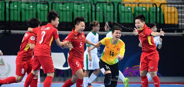 Đánh bại Indonesia 2-1, Việt Nam vào bán kết VCK Futsal nữ châu Á 2018