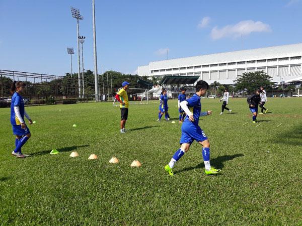 Đội tuyển U16 nữ Việt Nam giữ tâm lý thoải mái trước trận bán kết gặp U16 nữ Thái Lan