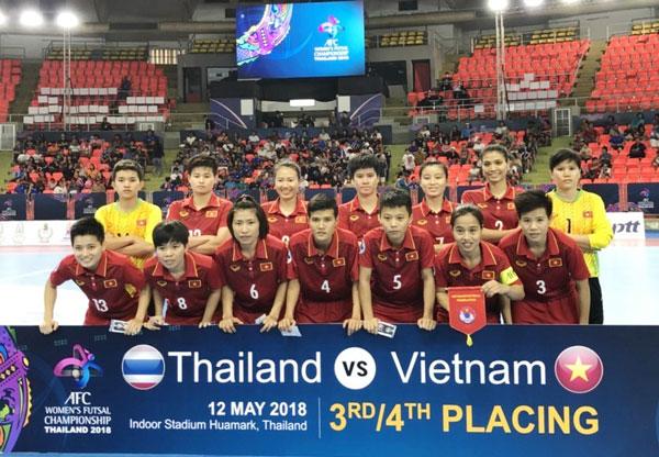 VCK Futsal nữ châu Á 2018: Thua sau loạt luân lưu, Việt Nam tuột HCĐ về tay chủ nhà Thái Lan