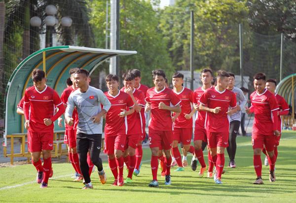 U19 Việt Nam tập buổi đầu tiên: Tích cực ngay từ điểm xuất phát