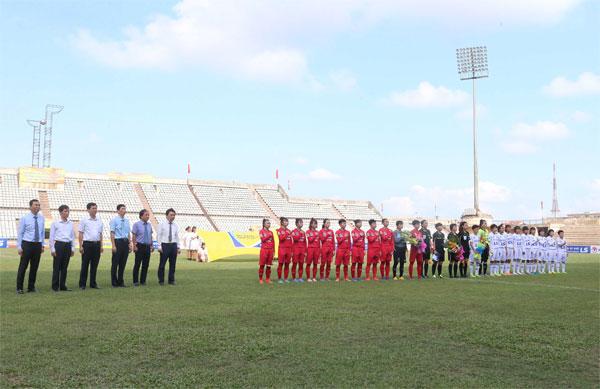 [Chùm ảnh] Lễ khai mạc lượt đi giải bóng đá nữ VĐQG - Cúp Thái Sơn Bắc 2018