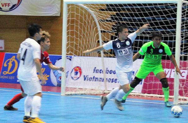 VCK Giải Futsal VĐQG HDBank 2018 (23/5): Hải Phương Nam ĐHGĐ vững ngôi đầu
