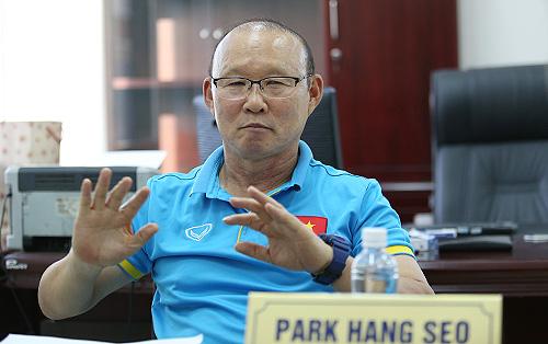 """HLV Park Hang-seo: """"ĐT Việt Nam cần vượt qua rào cản tâm lý khi đối diện với Thái Lan"""""""