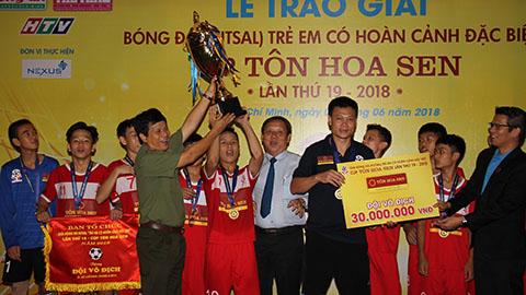 Hà Nội vô địch giải bóng đá trẻ em có hoàn cảnh đặc biệt