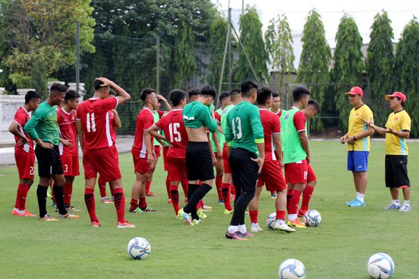 HLV Hoàng Anh Tuấn tự tin về sự chuẩn bị của U19 Việt Nam
