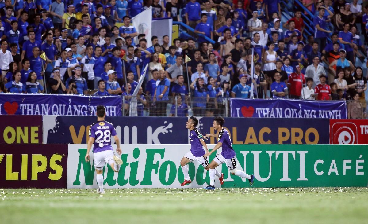 Vòng 13 Nuti Café V.League 2018: Hà Nội vô địch lượt đi với kỷ lục bất bại