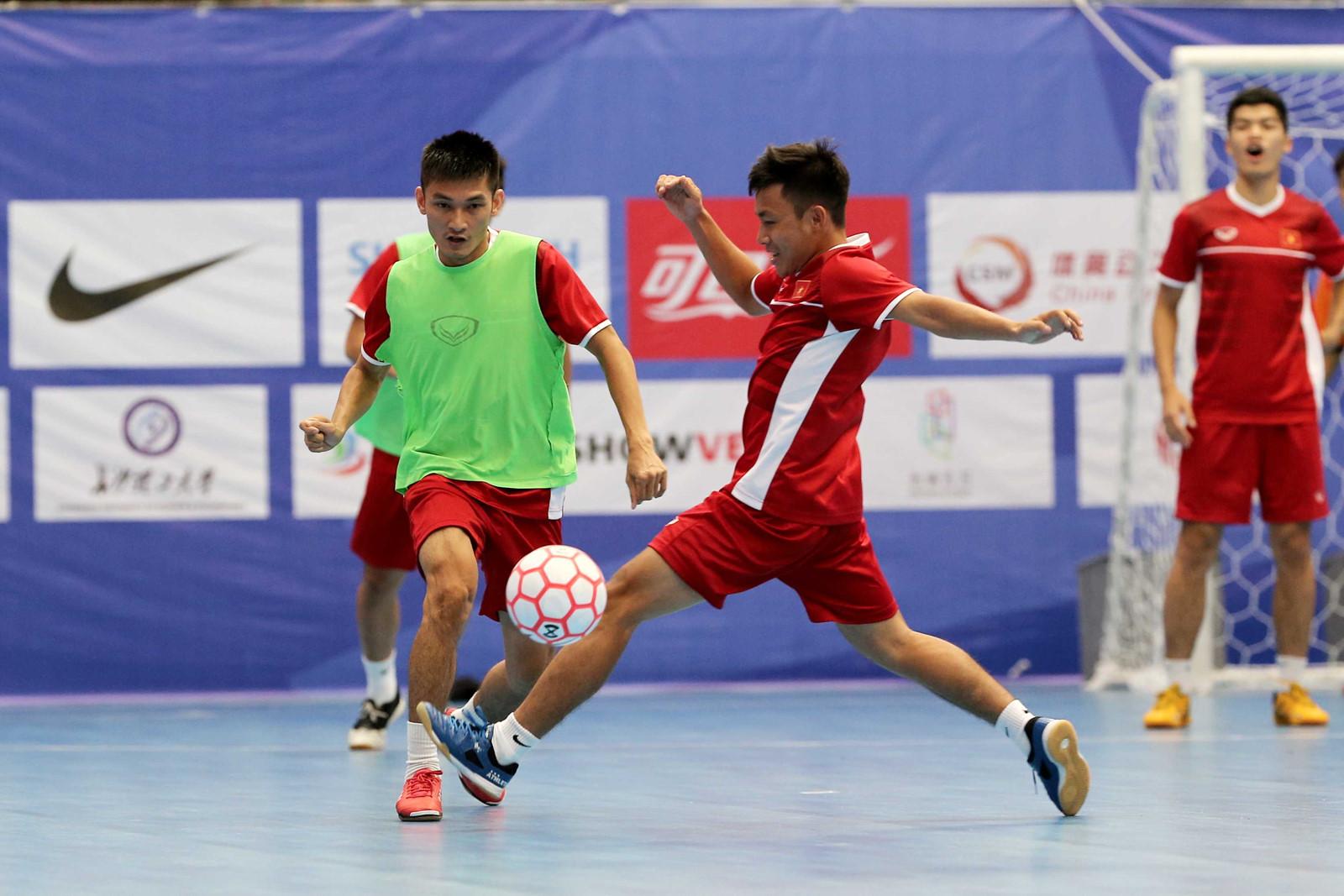 ĐT Futsal Việt Nam hứng khởi trước trận ra quân gặp Á quân World Cup Nga