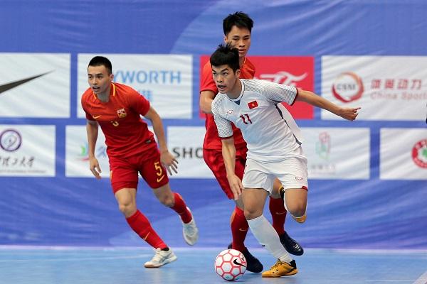 ĐT Futsal Việt Nam buộc chủ nhà Trung Quốc thua 4 bàn không gỡ