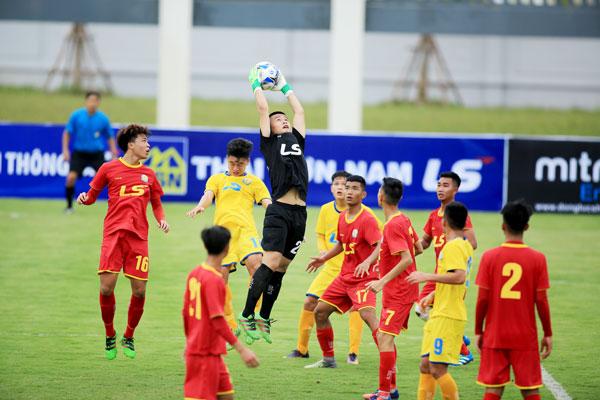 Khởi tranh VCK U17 Quốc gia 2018, ngày 26/6: Sông Lam Nghệ An và Viettel đều có 3 điểm