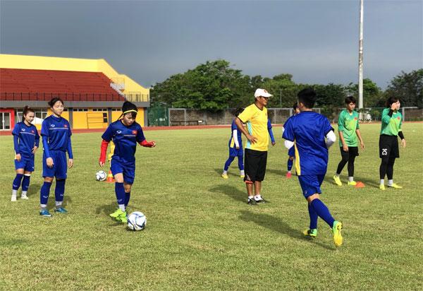 AFF Cúp nữ 2018: Đội tuyển nữ Việt Nam tự tin trước trận gặp chủ nhà Indonesia