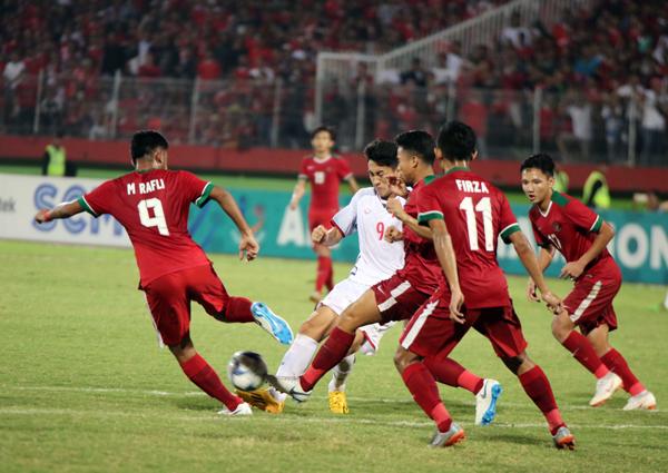 Thua Indonesia 0-1, U19 Việt Nam cạn cơ hội đi tiếp tại giải U19 AFF 2018