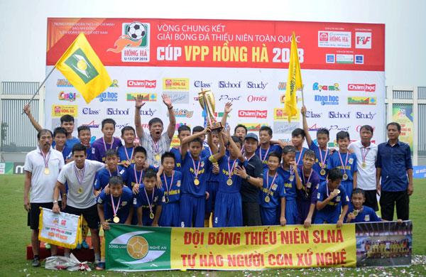 Chung kết U13 toàn Quốc - Cúp VPP Hồng Hà 2018: Sông Lam Nghệ An lần thứ 6 đăng quang ngôi vô địch