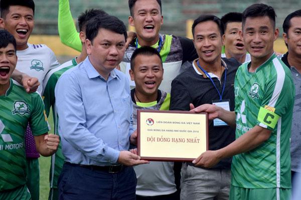 Thắng luân lưu nghẹt thở, Phù Đổng FC thăng hạng Nhất mùa bóng 2019