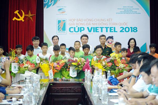 Sôi động Giải bóng đá Nhi đồng toàn quốc Cúp Viettel 2018