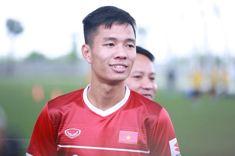 """Tuyển thủ U23 Việt Nam Hoàng Minh Tuấn: """"Là tân binh nên tôi phải nỗ lực 200% sức lực"""""""