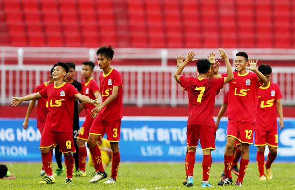 Kết quả lượt trận thứ 2 bảng B VCK U15 Quốc gia - Cúp Thái Sơn Bắc 2018, ngày 15/8: S. Khánh Hoà và Viettel cùng góp mặt tại vòng bán kết