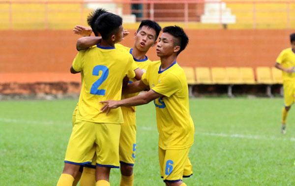 Kết quả vòng 3 bảng A VCK giải Bóng đá U15 Quốc gia - Cúp Thái Sơn Bắc 2018, ngày 16/8: SLNA và Bình Dương vào bán kết
