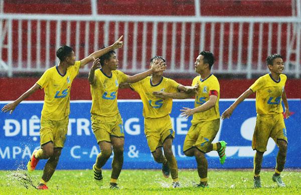U15 Sông Lam Nghệ An giành quyền tham dự trận chung kết giải Bóng đá U15 Quốc gia - Cúp Thái Sơn Bắc 2018
