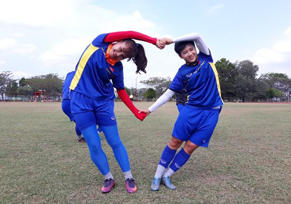 (Asiad 2018): Đội tuyển nữ Việt Nam đầy hứng khởi trên sân tập trước trận gặp Nhật Bản