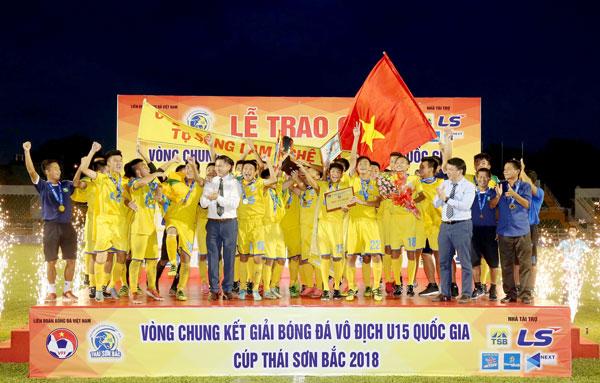 Chung kết U15 Quốc gia - Cúp Thái Sơn Bắc 2018: Sông Lam Nghệ An Đăng quang ngôi vô địch