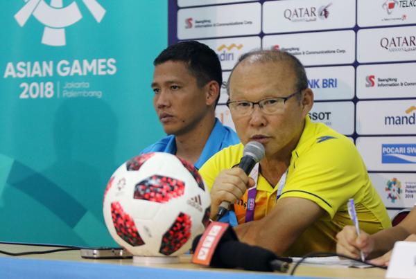 HLV Park Hang-seo tin bóng đá Việt Nam có thể vươn lên tốp đầu châu lục