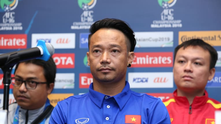 HLV Vũ Hồng Việt thận trọng trước trận ra quân gặp U16 Ấn Độ