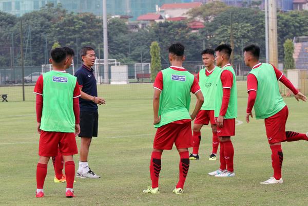"""U19 Việt Nam """"thử lửa"""" với U19 Trung Quốc trước thềm VCK U19 châu Á 2018"""