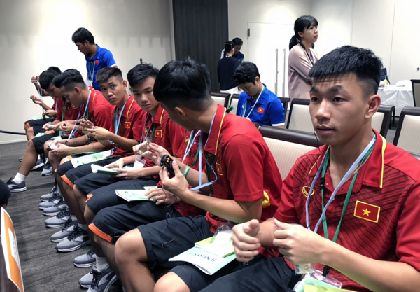Những hình ảnh đầu tiên của U17 Việt Nam tại J-Village, Fukushima, Nhật Bản